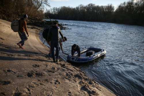 Turquía encuentra a 114 inmigrantes hacinados en un camión