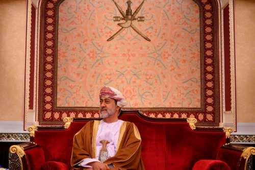 El Sultán de Omán perdona a 390 prisioneros en el…