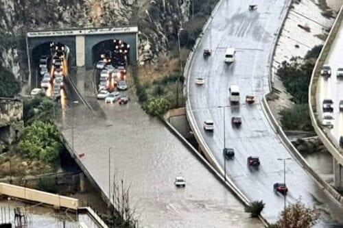 Inundaciones repentinas convierten las calles del Líbano en ríos