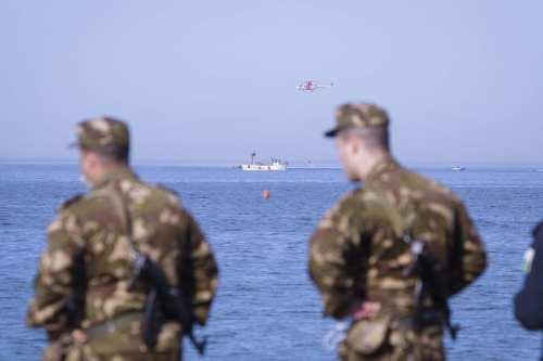 Argelia realiza ejercicios militares con munición real en las fronteras…
