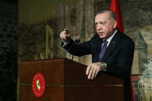 Erdoğan amenaza con lanzar una operación militar contra el PKK…