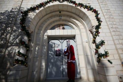 El Covid obliga a cerrar las iglesias de Gaza en…