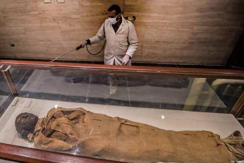 Al-Azhar de Egipto prohíbe la excavación y exhibición de momias