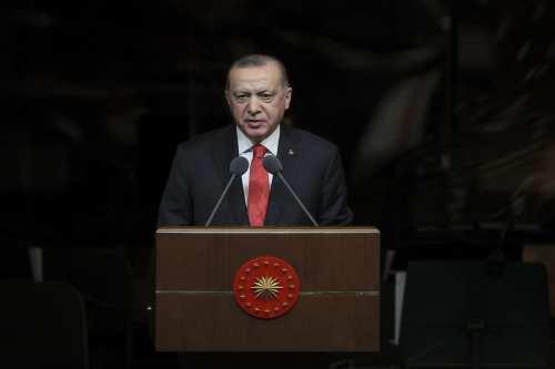 Turquía suavizará las restricciones impuestas por la covid el mes…