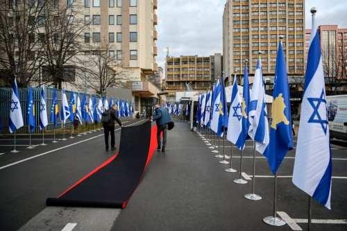 La UE advierte a Kosovo de no abrir su embajada…