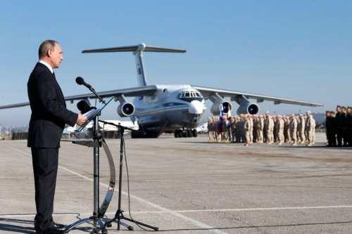 Rusia equipa la base aérea de Siria para recibir bombarderos…