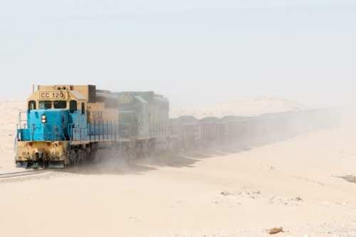Descubre el tren del mineral de hierro en Mauritania
