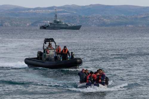 ''Grecia nos ató las manos y nos arrojó al mar'',…