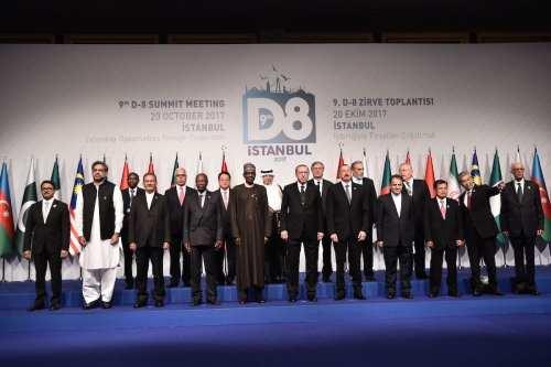 D8: Turquía se convertirá en un centro financiero mundial