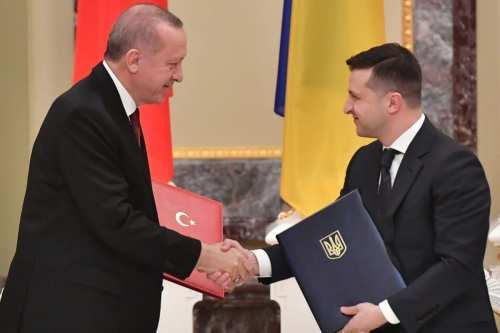 Turquía y Ucrania podrían salvar la política exterior el uno…