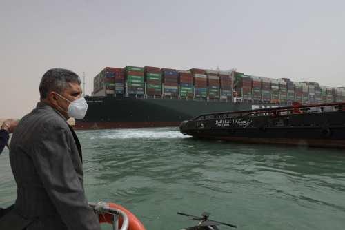 La Autoridad del Canal de Suez dice que Egipto pedirá…