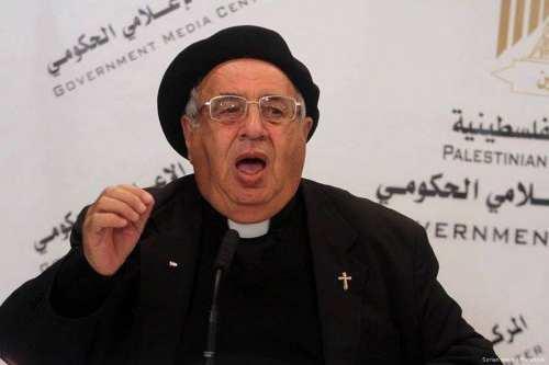Un sacerdote palestino pide a los cristianos que ayuden a…