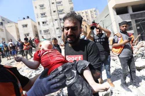 El número de muertos en los ataques israelíes a la…