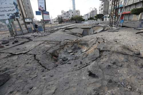 Aviones israelíes destruyen otro edificio en Gaza