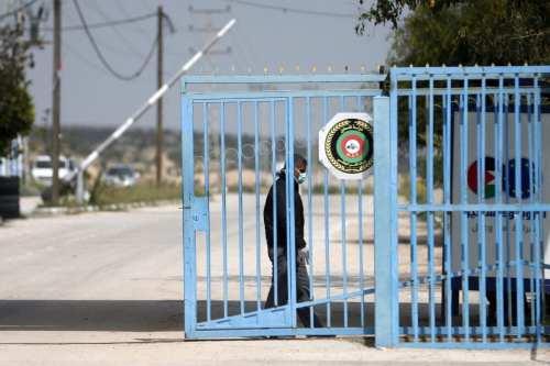 Israel mantiene cerrados los principales pasos fronterizos con Gaza como…