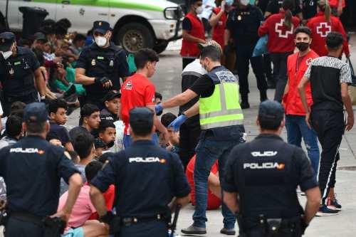 España deporta a Marruecos a 4.800 inmigrantes