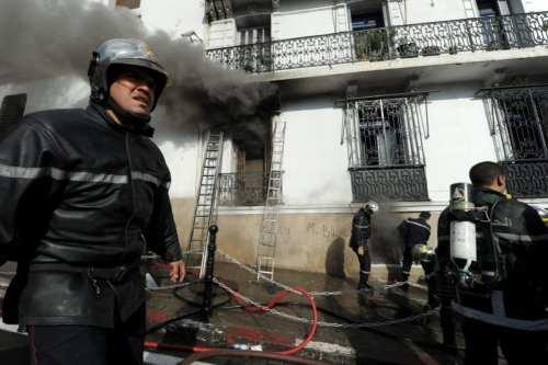 Argelia: 230 bomberos suspendidos al ser acusados de traición por…