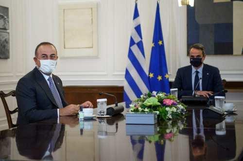 """Turquía está dispuesta a dialogar con Grecia """"sin condiciones previas"""""""