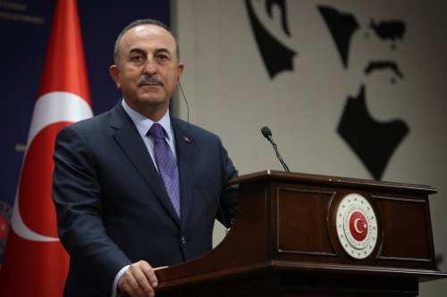 Ministro turco: Turquía colaborará con Italia para lograr una paz…