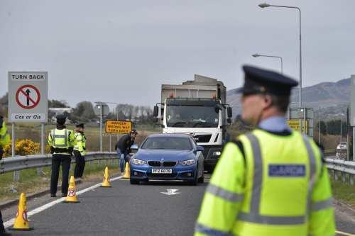 Irlanda del Norte formó a la policía de Omán antes…