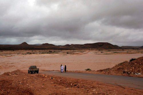 Omán: Continúan las labores de búsqueda de una persona desaparecida…