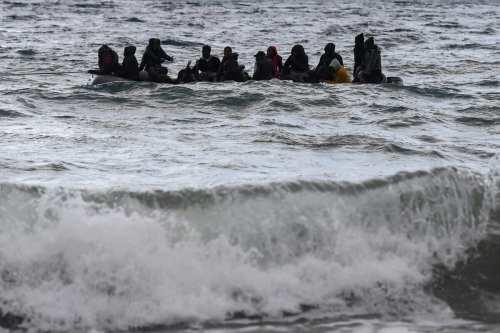 La marina turca salva a 80 inmigrantes irregulares en el…