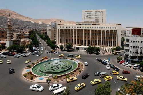 Siria: el régimen de Assad aumenta los salarios del sector…