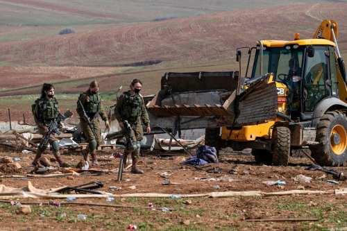 Israel ordena la demolición de viviendas palestinas en un pueblo…