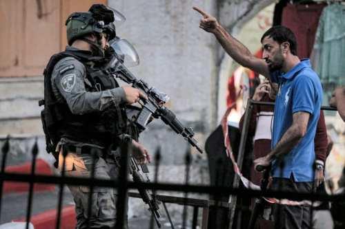 Israel impuso fuertes restricciones a los palestinos en Hebrón para…
