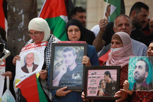 Informe: Israel renueva las órdenes de detención del 70% de…