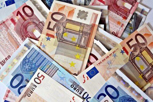 Túnez: el contrabando de divisas desata el debate sobre la…