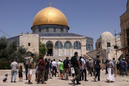 Las incursiones israelíes en la mezquita de Al-Aqsa aumentan un…