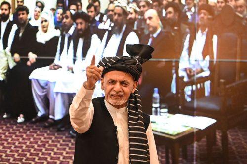El presidente afgano reaparece en los Emiratos Árabes Unidos