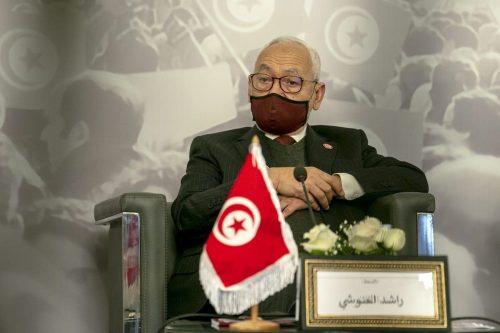 Túnez planea fabricar cargos de terrorismo contra Ennahda