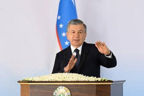 Los presidentes de Turquía y Uzbekistán discuten asuntos regionales