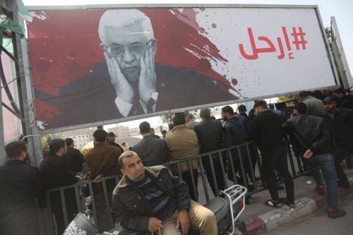 El 80% de los palestinos pide la dimisión del presidente…
