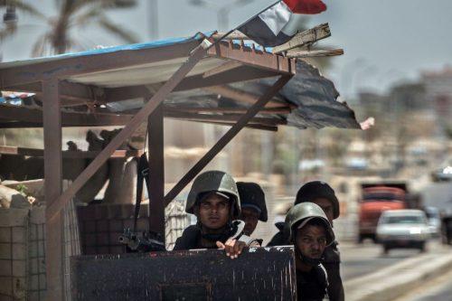 Mineros sudaneses afirman que Egipto les retiene equipos por valor…