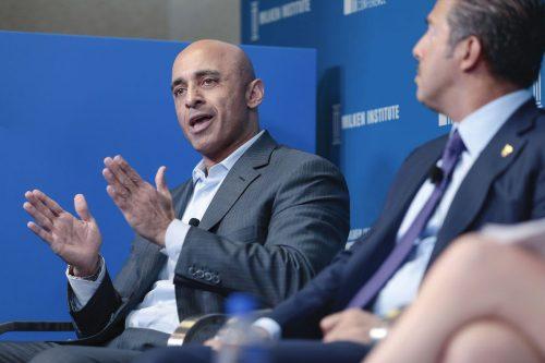 El embajador emiratí en Washington considera que la normalización de…