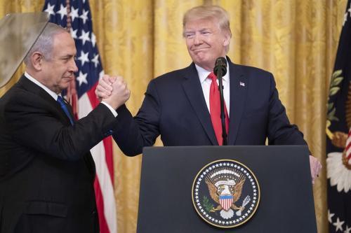 Trump apresenta seu plano para o Oriente Médio, em 28 de janeiro de 2020 [Shealah Craighead/Foto oficial da Casa Branca]