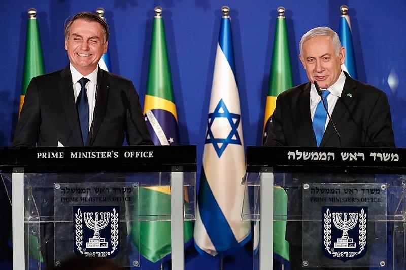 O presidente Jair Bolsonaro, e o primeiro-ministro de Israel, Benjamin Netanyahu, durante declaração conjunta à imprensa. Em 30 de março de 2019, Jerusalém. [Alan Santos/Presidência da República]