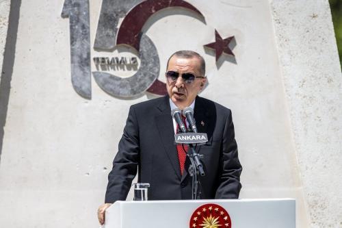 O presidente turco Recep Tayyip Erdogan discursa na Grande Assembleia Nacional Turca em Ankara, Turquia em 15 de julho de 2020 [ Ali Balıkçı/ Agência Anadolu]