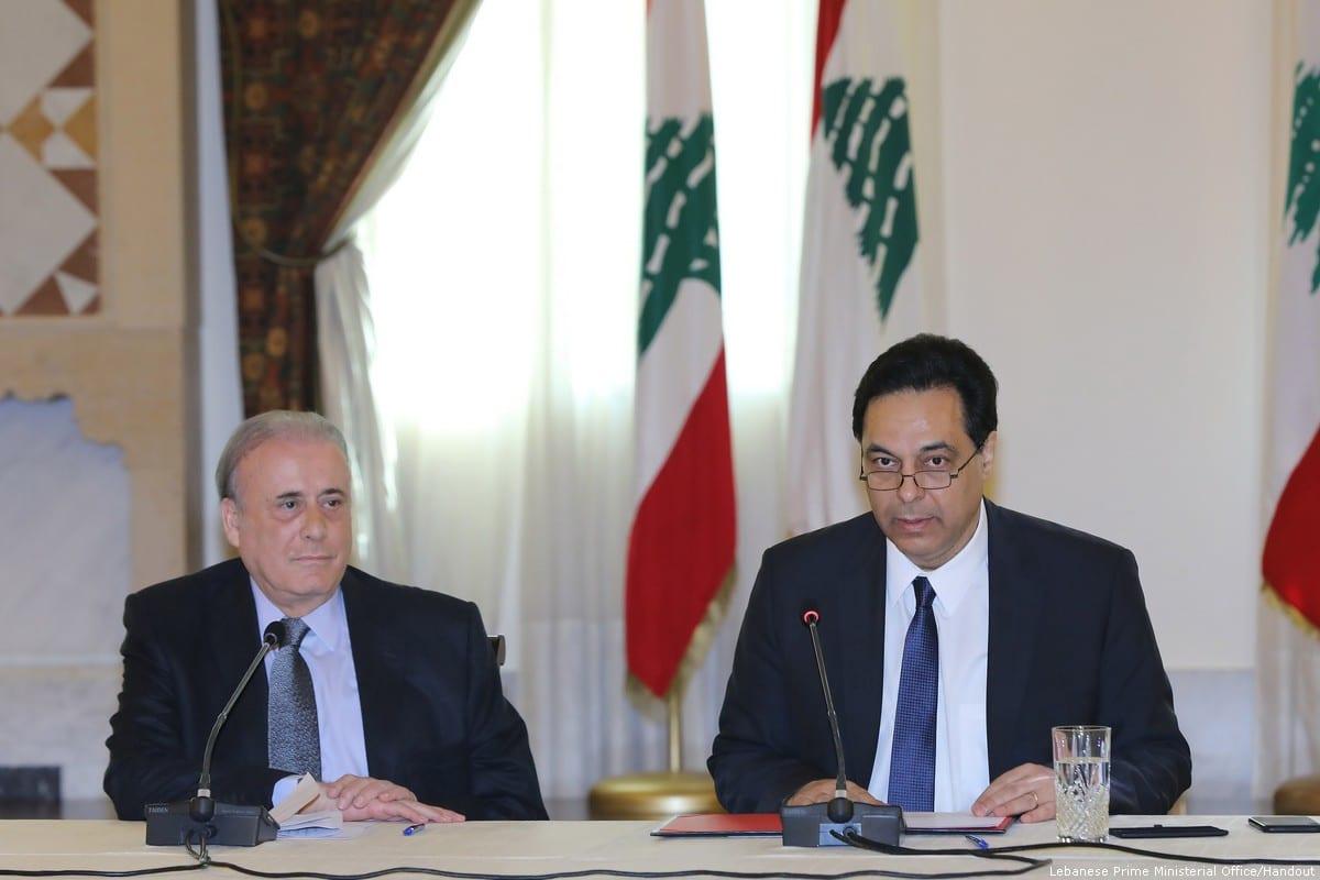 Hassan Diyab, primeiro-ministro libanês, fala durante uma reunião em Beirute, Líbano, em março 2, 2020 [Gabinete do primeiro-ministro libanês)