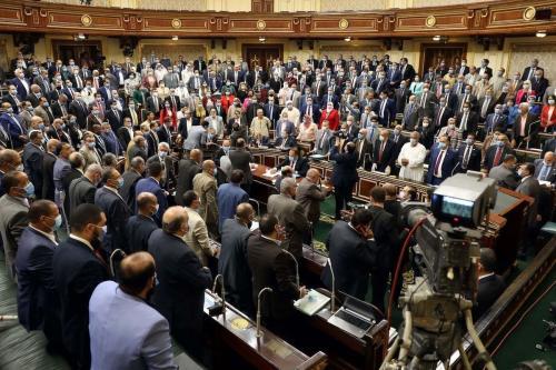 O parlamento do Egito deu luz verde hoje, em uma sessão de portas fechadas, ao possível envio de tropas na Líbia para apoiar o aliado do Cairo, Khalifa Haftar, se forças rivais apoiadas pela Turquia recapturarem a cidade de Sirte . Em 20 de julho de 2020 [Foto por AFP via Getty Images]