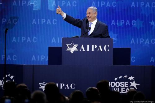 Primeiro-Ministro de Israel Benjamin Netanyahu discursa em conferência do lobby sionista AIPAC, em Washington, Estados Unidos, 6 de março de 2018 [Chip Somodevilla/Getty Images]