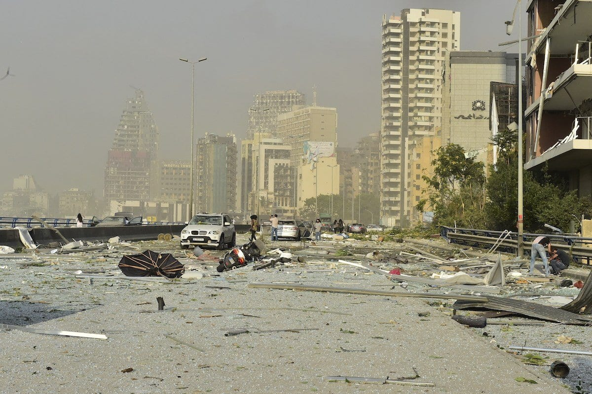 Número de mortos deve aumentar devido à explosão que abalou Beirute; até então, cem mortos, milhares de feridos