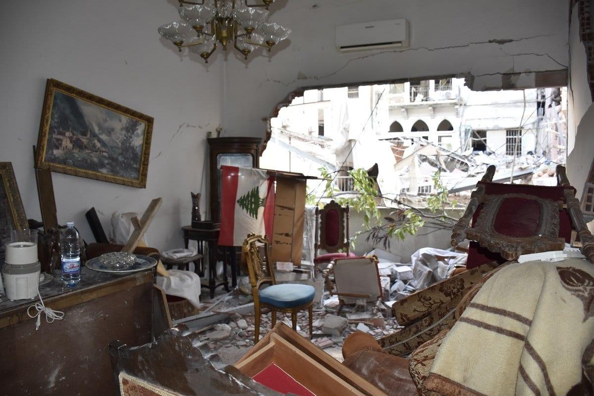 Edifícios destruídos em Beirute, capital do Líbano, 6 de agosto de 2020 [Mahmut Geldi/Agência Anadolu]