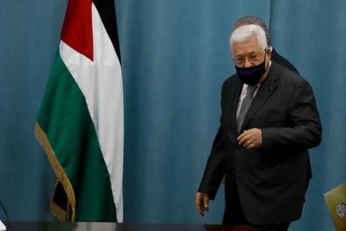O presidente palestino Mahmoud Abbas usando uma máscara facial como precaução contra o coronavírus (Ccovid-19) pandemia em Ramallah, Cisjordânia em 7 de maio de 2020 [Agência Issam Rimawi / Anadolu]