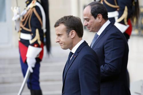Presidente da França Emmanuel Macron e Presidente do Egito Abdel Fattah el-Sisi em Paris, França, 24 de outubro de 2018 [Chesnot/Getty Images]