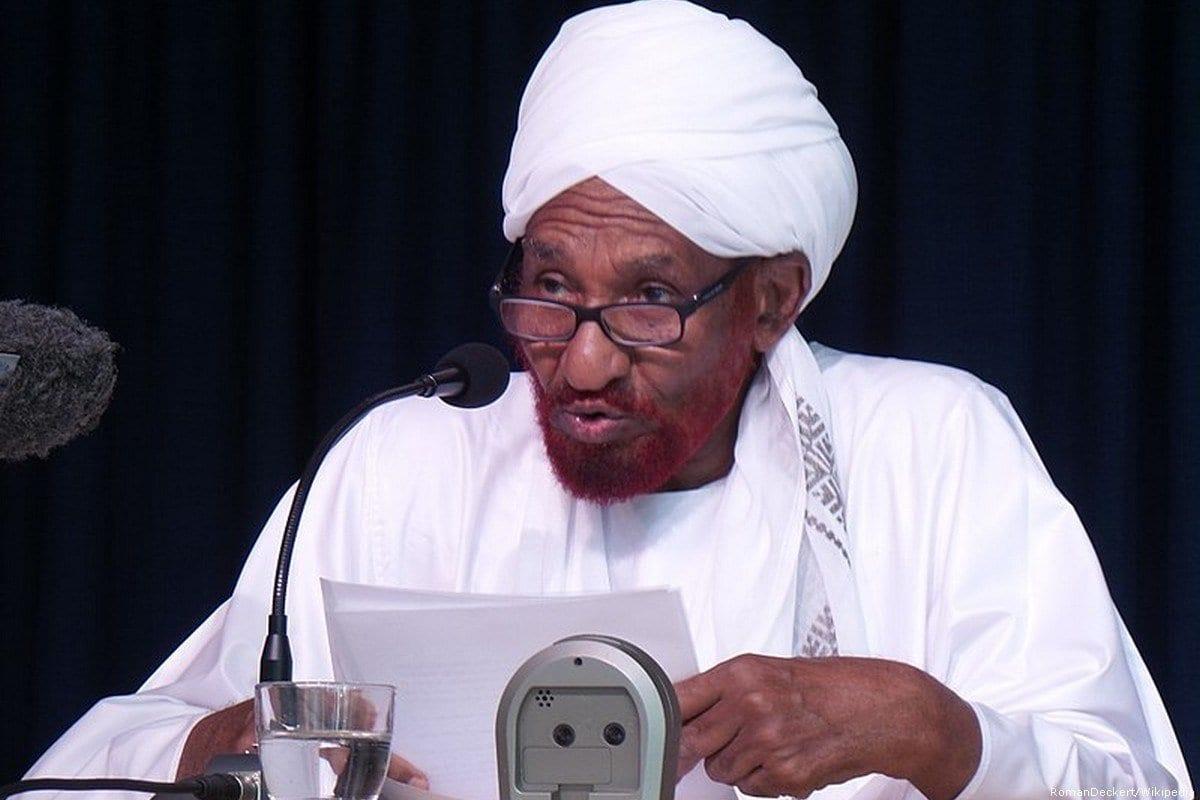 Ex-primeiro-ministro sudanês e líder do Partido Nacional Umma. [RomanDeckert/Wikipedia]