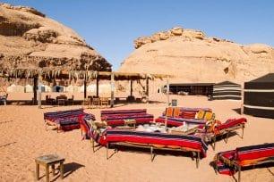 Acampamento no estilo beduíno em Wadi Rum, Jordânia, 5 de março de 2011 [Dan Lundberg/Flickr]